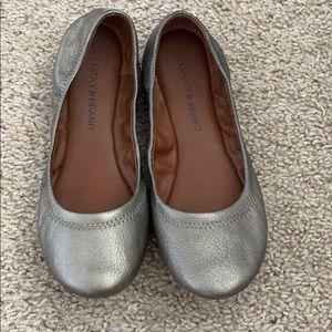 BRAND NEW!! Lucky Brand Silver Flats